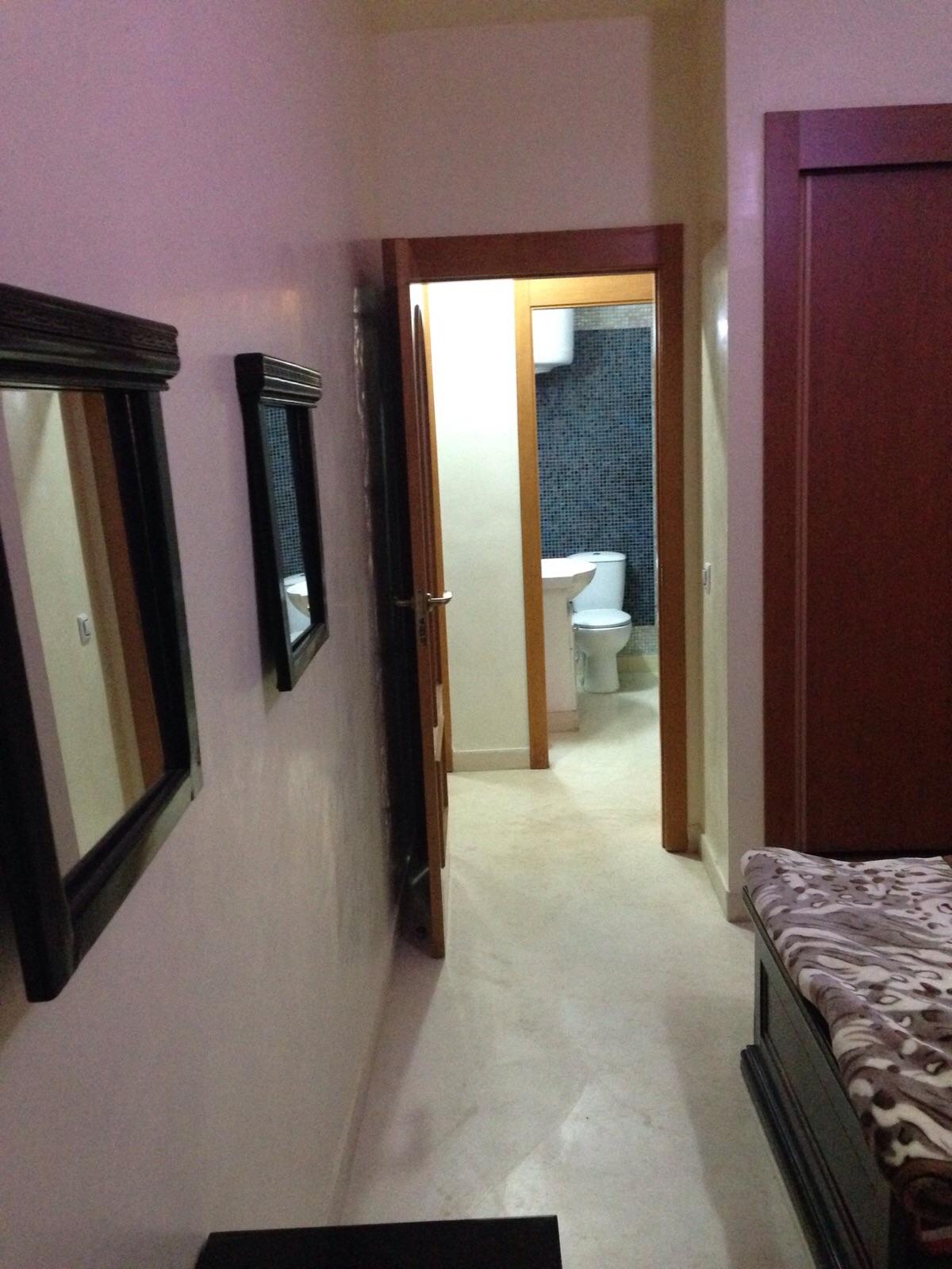 bel appartement enti rement meubl quartier majorelle atlas immobilier. Black Bedroom Furniture Sets. Home Design Ideas