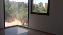 Appartement et duplex dans résidence bien placée