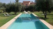 Beautiful 750 m2 property with high standard finishes 10 mn from the Golfs