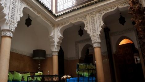 Magnifique Riad traditionnel avec double terrasse