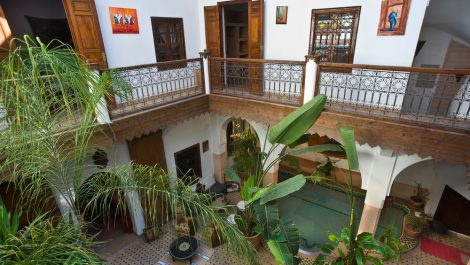 Charmant Riad traditionnel avec belle piscine
