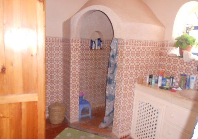 24 salle de douche riad