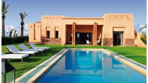Villa située route de Fes avec piscine privée