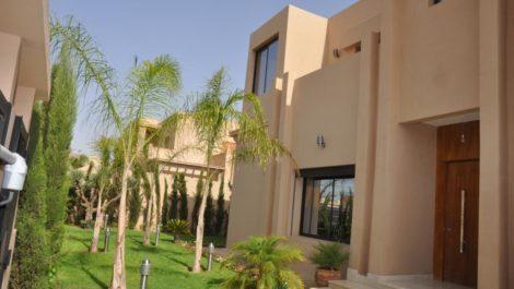 Magnifique villa moderne à dix minutes du centre