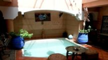 Interesting price for this Riad 5 rooms well placed, all authorizations