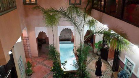 Maison d'hôtes de sept chambres au cœur des souks – Très grand patio !