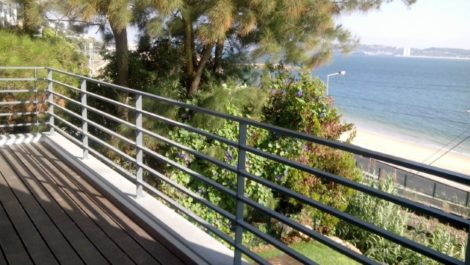 Spectaculaire Villa Contemporaine bord de mer