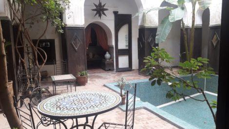 Plus de 600 m² au sol pour cette propriété constituée de trois Riads interconnectés sur plusieurs Derbs
