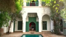 Private mansion, Riad in the heart of the medina – Historic building