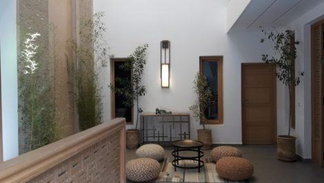Riad rénové à la Kasbah, belles finitions, hammam, bassin en terrasse, vue dégagée