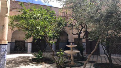 Potentiel exceptionnel, 431 m² au sol à 280 m. de Jemaa El Fna !
