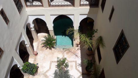 Dar El Bacha, magnifique Riad avec Douiria attenante, vaste patio, grand bassin, superbe terrasse, 6 chambres