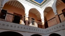 Beautiful Riad of eight rooms in the Kasbah, car in front of the door!