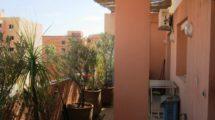 Appartement à la vente meublé dans résidence avec piscine