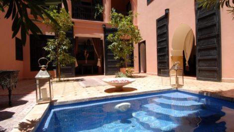 maison D'hôtes de 6 chambres, à proximité de Dar El Bacha, opportunité à saisir