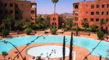 Appartement meublé avec jardin et piscine privative à la vente
