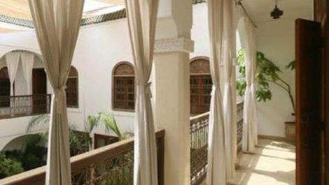 9 bedroom house, very well located at the kasbah!