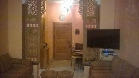 Bel appartement en rez-de-chaussée à petit prix – Piscine commune