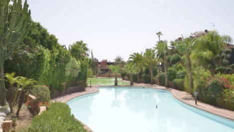 Belle villa de trois chambres à huit kilomètres du centre de Marrakech