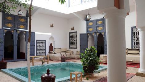 Marrakech : Magnifique Riad classé, bassin, vaste patio