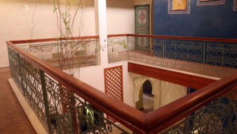 Bab Ighli : Riad rénové avec beau bassin chauffé, accès immédiat en voiture