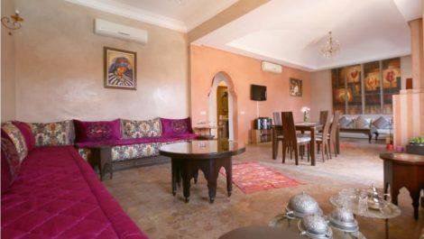 Villa à Targa, quatre chambres, piscine, proche de toutes commodités