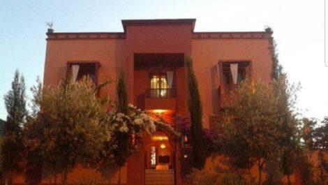 Targa : Villa de maître sur près de 1000 m², grande piscine, SPA