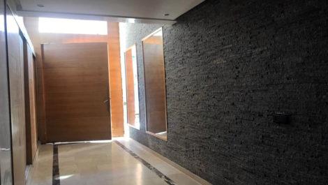Trois chambre de 114 m² dans immeuble neuf à Gueliz, parking titré