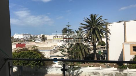 Beautiful apartment located 50 meters from the beach