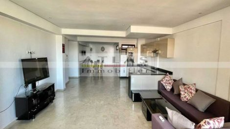 Spacious three bedroom apartment for sale