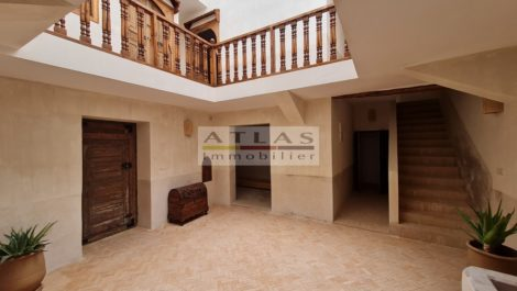 Marrakech : Riad completely renovated and very well located