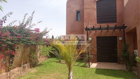Route de Fes KM 8 : Belle villa de quatre chambres et piscine privée
