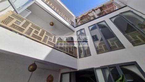 Marrakech : Riad en location-gérance de sept chambres